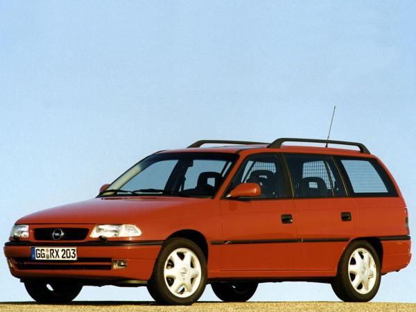 Opel Astra F Caravan 1.7 TDS (82 Hp)